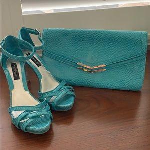 Women's aqua strap heel & clutch set-like new